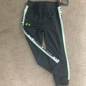 Youth size 4 under armour joggers NWT